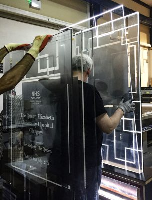 Assembling Glass Plaques for Illumination