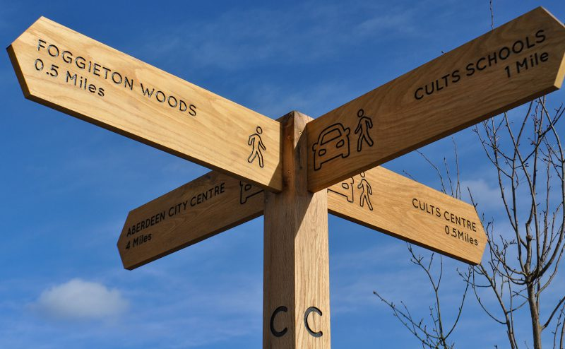 Oak Directional Sign