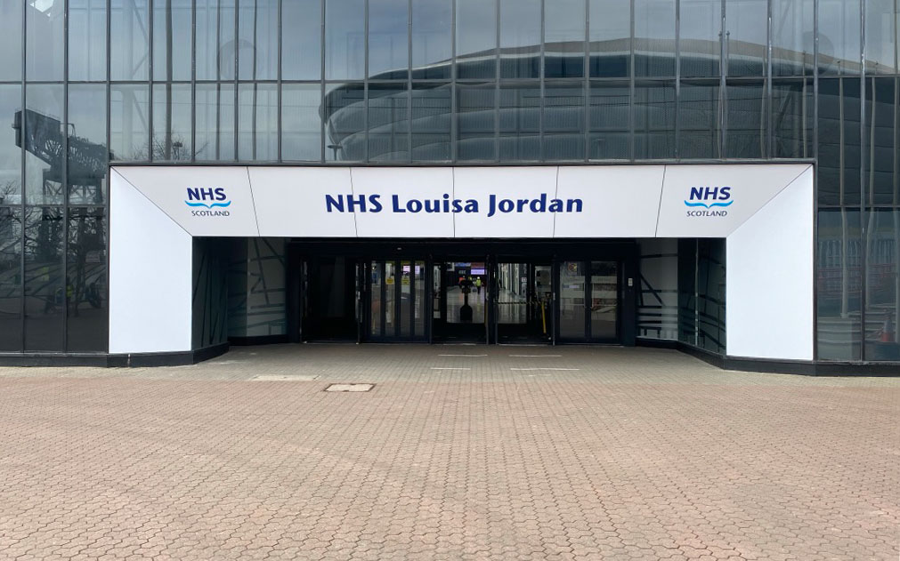 EVM Proudly Manufacture and Install New Hospital Signage at the NHS Louisa Jordan