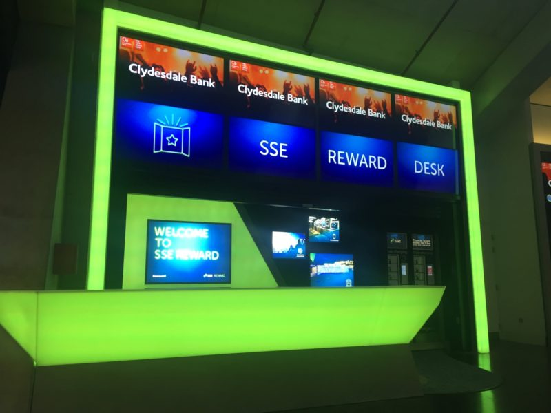 SSE Reward Desk in Green Mode