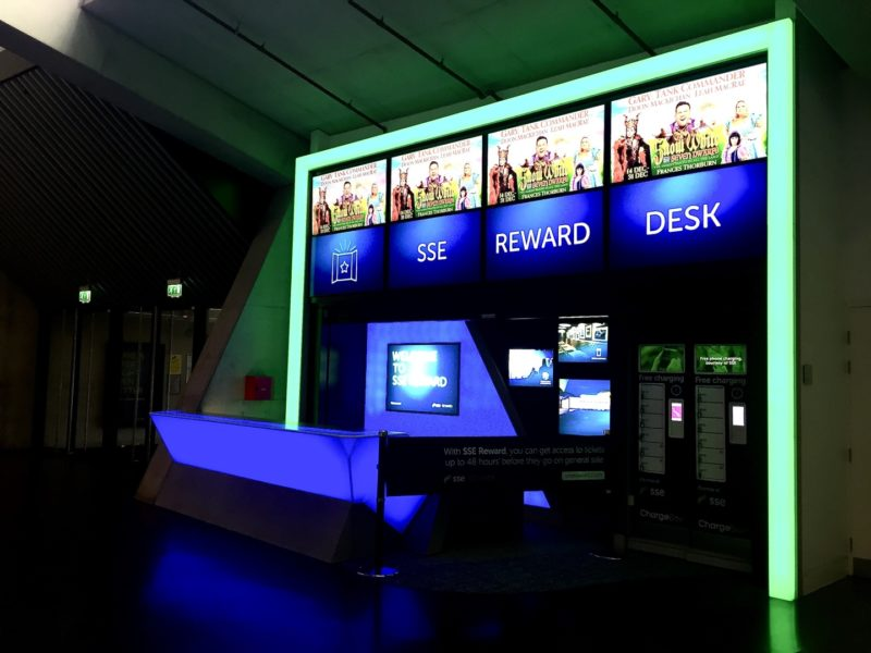 SSE Reward Desk in Multi-colour Mode